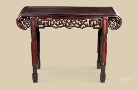 清代(1644-1911) 红木嵌瘿木下卷形条案