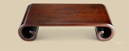 清代(1644-1911) 红木整木雕下卷