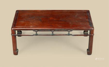清代(1644-1911) 红木灵芝纹长方台