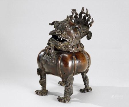 清代(1644-1911) 铜瑞狮香熏