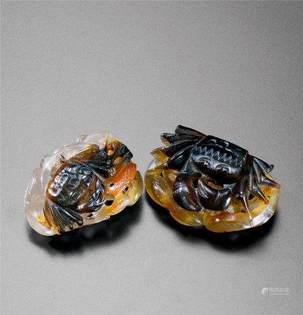 清代(1644~1911) 玛瑙巧雕螃蟹摆件 (二件)