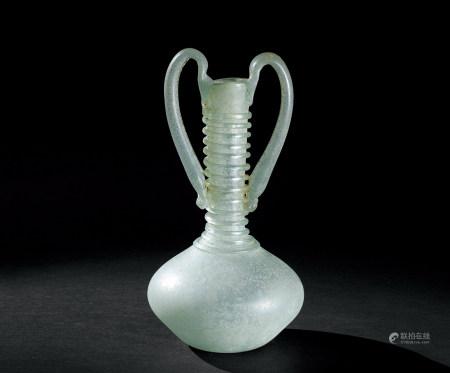 7世纪 琉璃弦纹双耳瓶