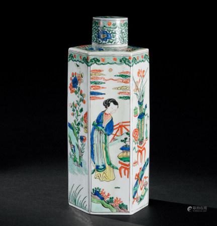 清康熙(1662~1722) 五彩清供仕女纹六角盖瓶