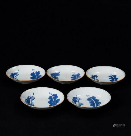清顺治(1644~1661) 青花洞石秋叶纹盘 (五件)