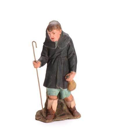 Figura de caminhante em barro pintado