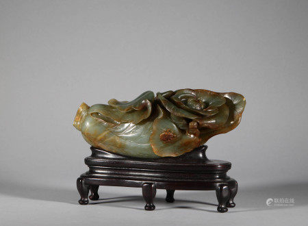 Hotan Jade Cabbage Ornaments in Qing Dynasty