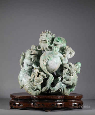 Lion Hydrangea Ornaments in the Late Qing Dynasty