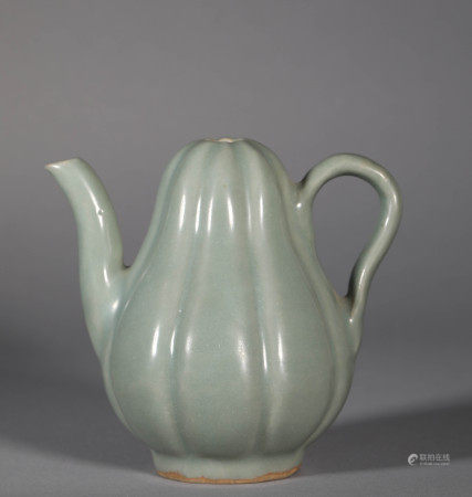 Song Dynasty Celadon Melon-shaped Holding Pot
