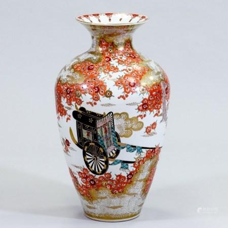Bodenvase Japan, 20. Jahrhundert. Porzellan, weiß, glasiert. Polychrome Email-/Aufglasurbema