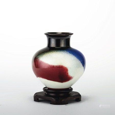 王修功 花瓶