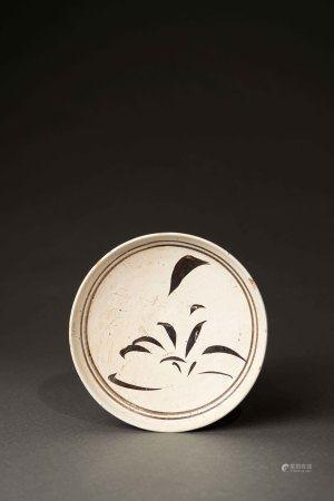 宋 磁州窯白釉鐵繪盤