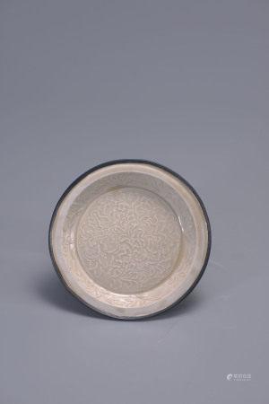 金 定窯印花折沿盤