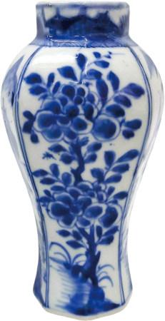 清 青花花卉八角瓶