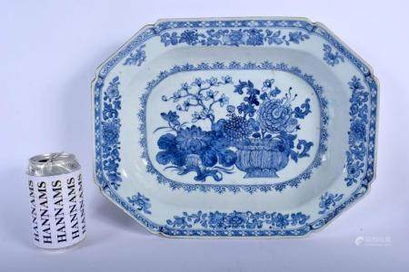 A LARGE 18TH CENTURY CHINESE EXPORT BLUE AND WHITE PORCELAIN DISH Qianlong, painted with bold floral sprays. 34 cm x 27 cm.