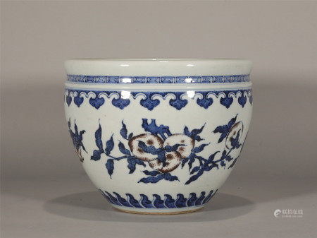 Chinese ancient blue and white porcelain jar
