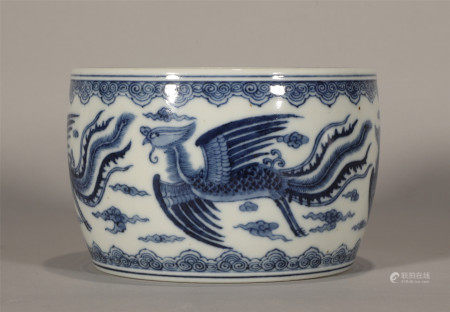 Qing style, Kang Xi, blue and white phoenix porcelain brush washer