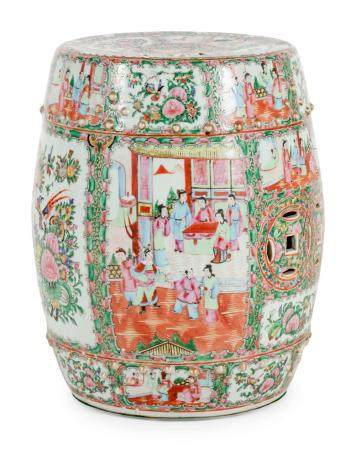 A Chinese Export Rose Medallion Porcelain Garden Seat