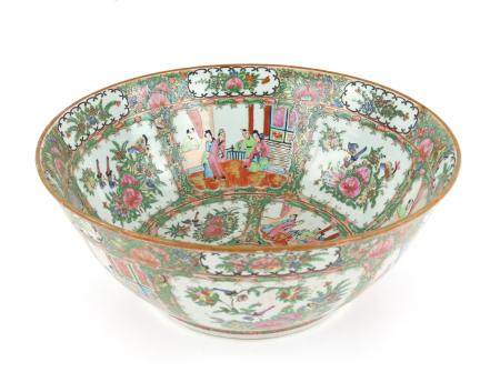 20th century Chinese famille rose bowl decorated with panels of figures and exotic birds amongst