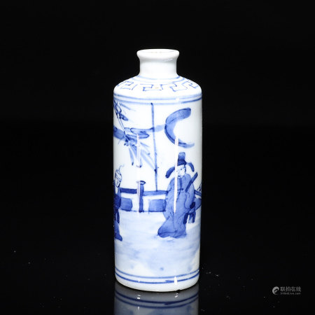 A blue and white figure porcelain snuff bottle