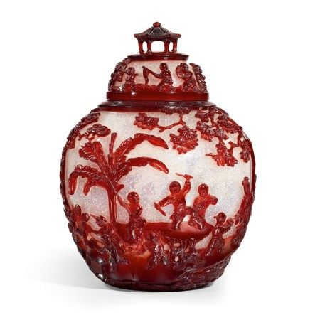 An extremely rare and superb ruby-red overlay Peking glass jar and cover Seal mark and period of Qianlong | 清乾隆 雪霏地套寶石紅料庭園仕女嬰戲圖蓋罐 《乾隆年製》款