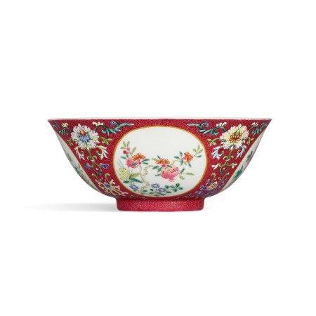 A fine ruby-ground famille-rose sgraffiato medallion bowl Seal mark and period of Jiaqing | 清嘉慶 內青花外粉彩紫地扒花開光福果花卉紋盌 《大清嘉慶年製》款