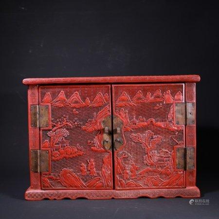 清 剔红人物纹柜