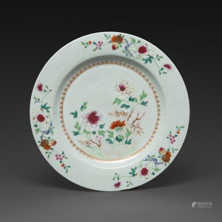 PLAT CIRCULAIRE  en porcelaine blanche