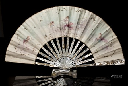 FRENCH MOTHER-OF-PEARL FAN