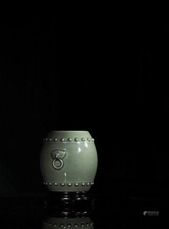 現代 曉芳窯鼓釘青瓷瓶