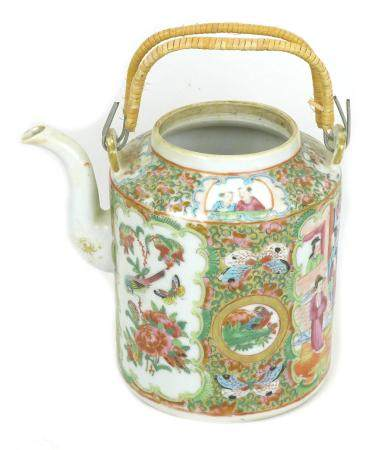 A Chinese Canton porcelain teapot, 19th century, of cylindrical form with narrowed rim and two