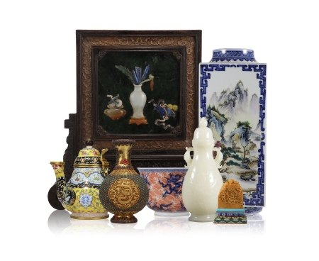 HIGHLIGHT CHINESE ANTIQUE FROM THIS SALE
