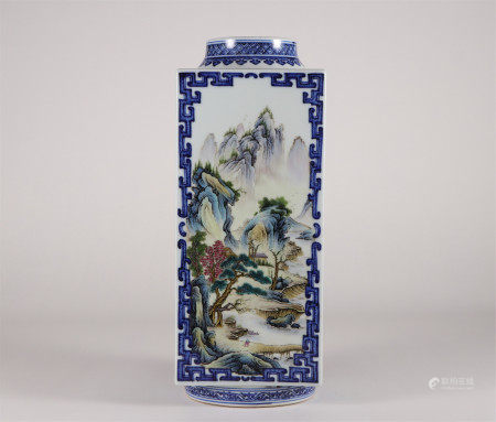 CHINESE PORCELAIN BLUE AND WHITE FAMILLE ROSE SQUARE VASE