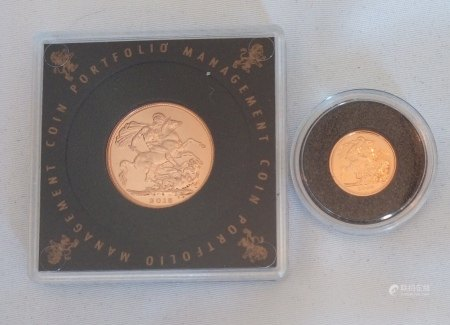 A 22CT GOLD FULL AND QUARTER SOVEREIGN COIN, DATED 2015 With St. George and Dragon and 2009 quarter sovereign, complete with certificate for sovereign. (approx total weight 10g)