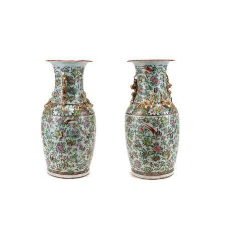 Coppia di vasi in porcellana di Canton