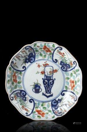 中國 十八世紀 彩繪花卉紋盤