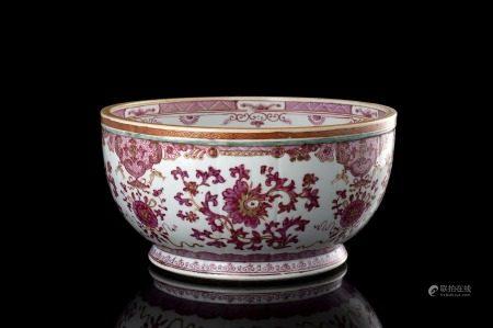 中國 十七世紀 粉彩花卉紋盌