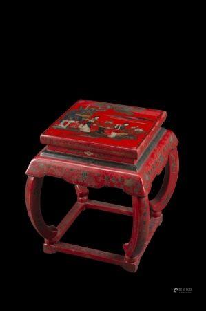 中國 二十世紀 紅漆木庭院仕女圖小桌子