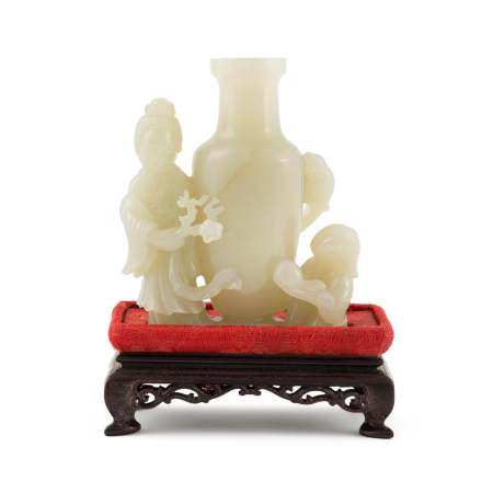JADE VASE WITH MAGU & ATTENDANTS ON STAND