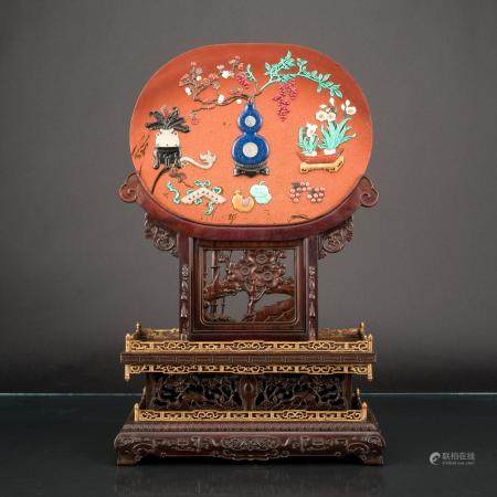 CHINESE MOONSTONE TABLE SCREEN