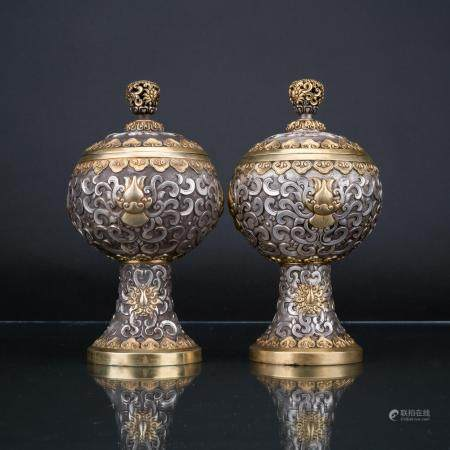 QIANLONG PAIR OF SILVER REPOUSSE STEM CUPS & COVERS
