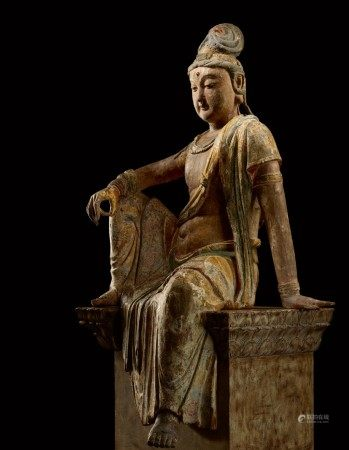 A magnificent and extremely rare large wood sculpture of Avalokiteshvara, Song dynasty   宋 木雕加彩觀世音菩薩坐像