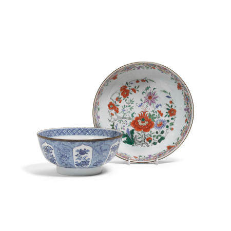 Two export porcelain bowls  18th century (2)