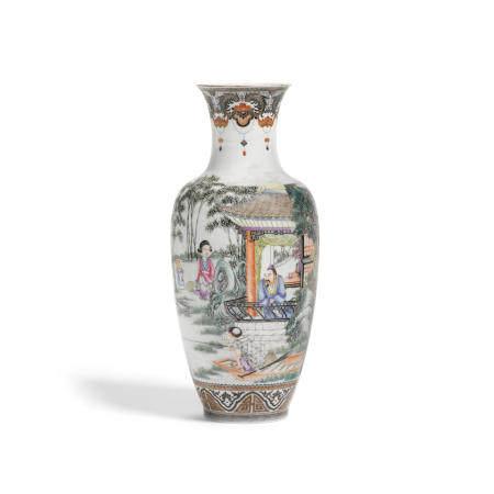 A famille rose enameled porcelain vase  Qianlong mark, Republic period