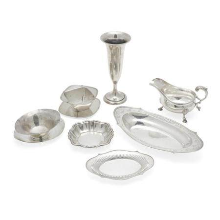 A GROUP OF AMERICAN STERLING SILVER TABLE ARTICLES by various makers, late 19th/20th century