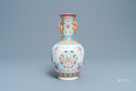 A Chinese famille rose vase with floral design, Qianlong mark, Republic, 20th C.