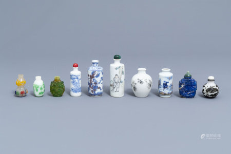 A collection of ten Chinese porcelain, glass and lapis lazuli snuff bottles, 19th/20th C.