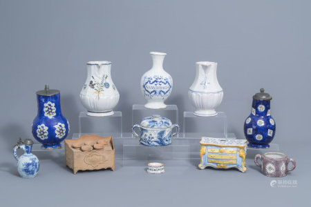 A varied collection of European ceramics (Dutch Delft, Brussels,...), 17th/19th C.