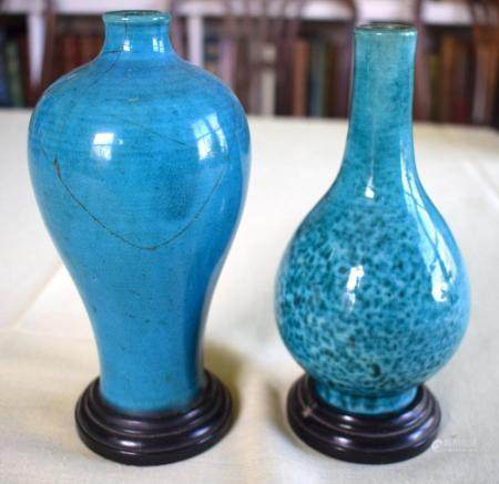 AN EARLY 18TH CENTURY CHINESE TURQUOISE GLAZED MEIPING STYLE VASE Late Kangxi, together with a similar vase. Largest 18 cm high. (2)
