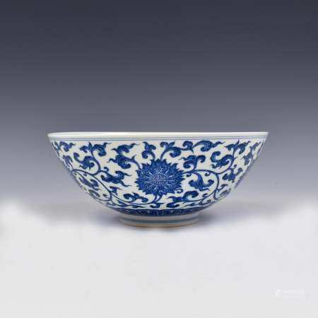 Qing Dynasty QIANLONG BLUE & WHITE FLORAL WRAPPED BOWL