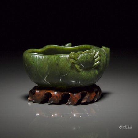 清 十九世纪 碧玉雕荷叶形洗 A Carved Spinach-Green Jade 'Lotus' Brush Washer, Qing Dynasty, 19th Century
